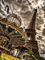 Tour d'Eiffel, Paris  © 2017 Keith Trumbo